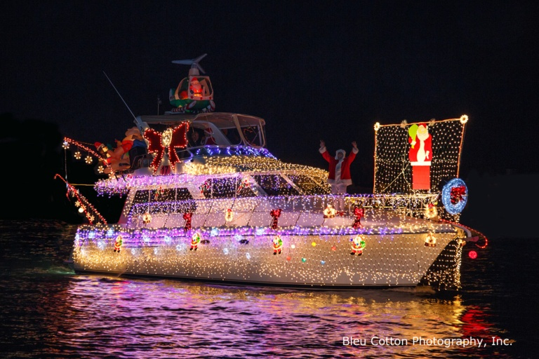 3Q7A0072_NB_BoatParade_BleuCottonPhoto-best-lights-first-17-MyBebek_RF